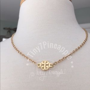🌿🌹🌿 TORY BURCH CHARM w/ GOLD LINK NECKLACE